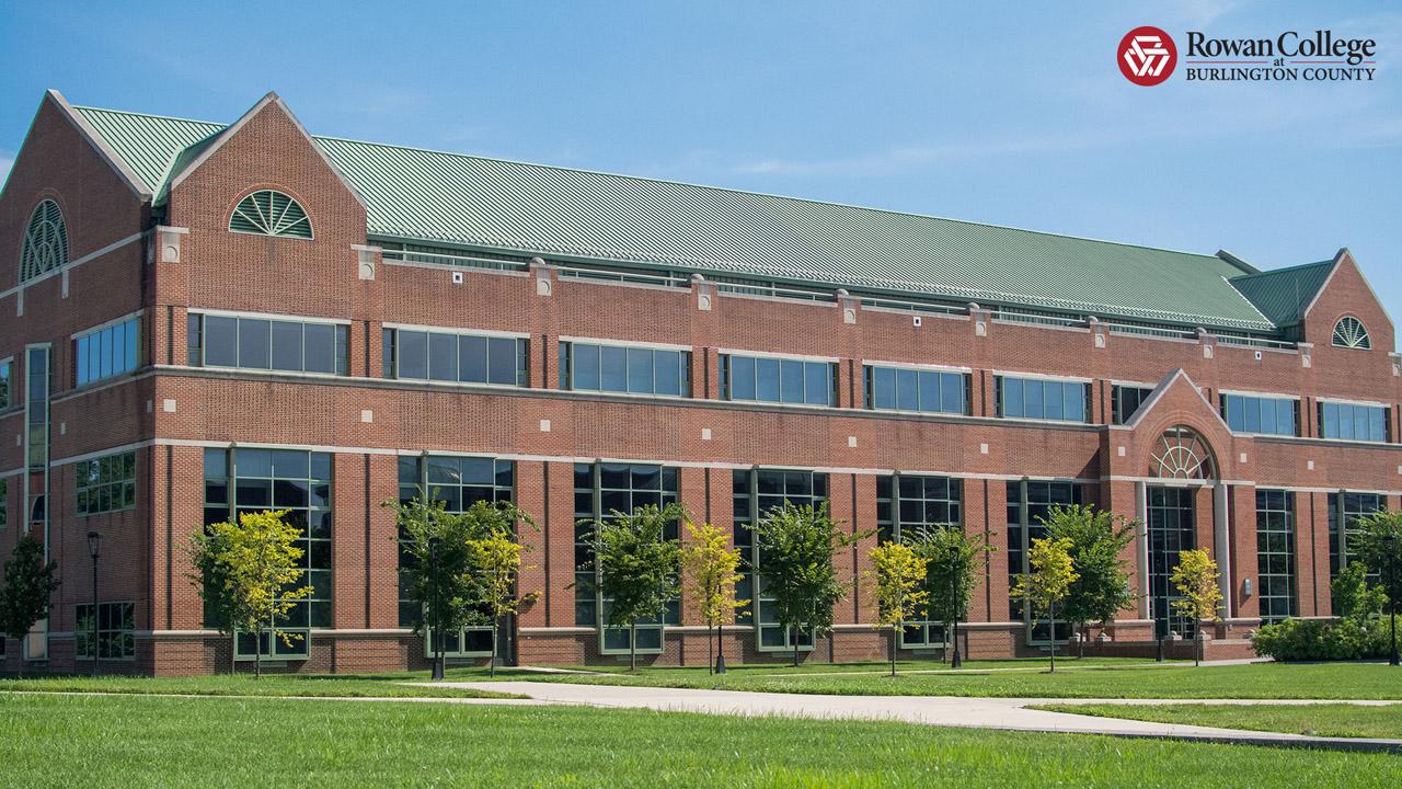 A campus photo of TEC